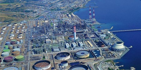Studio congiunto per decarbonizzare la raffineria di Sarroch
